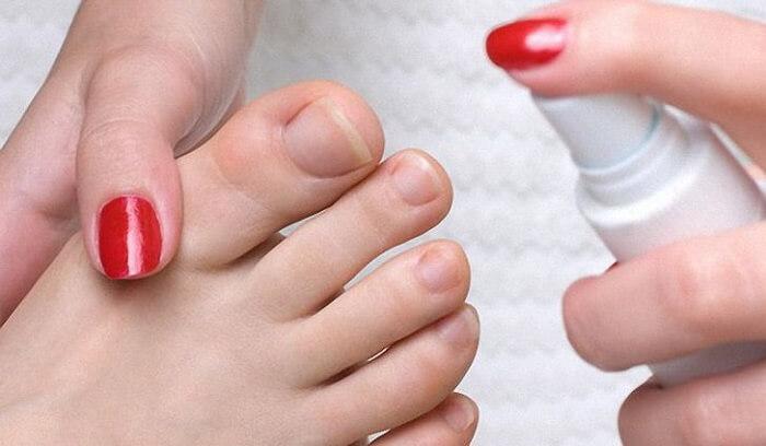 Грибок большого пальца ноги
